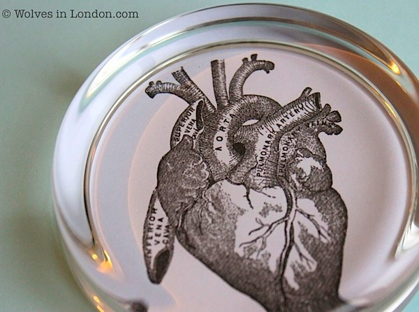 heart paperweight DIY