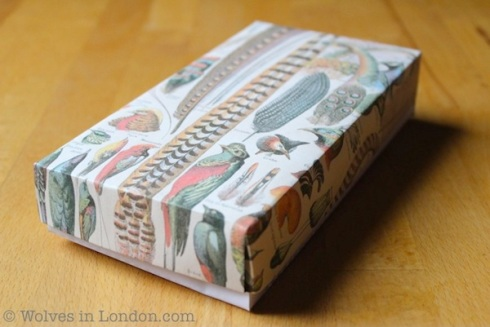 Make your own gift box: template and tutorial