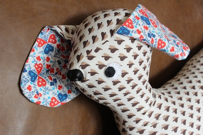 Knitting Pattern For Dog Draught Excluder : dog draught excluder