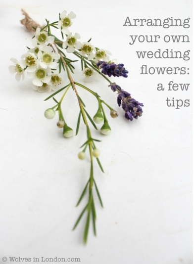 Tips on arranging your own wedding flowers