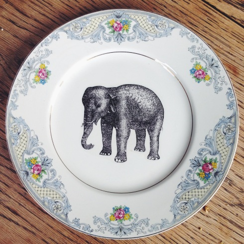 Homemade wedding plate | Wolves in London