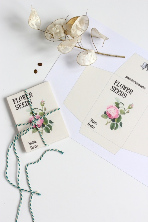 Vintage style seed envelopes: free download | Wolves in London