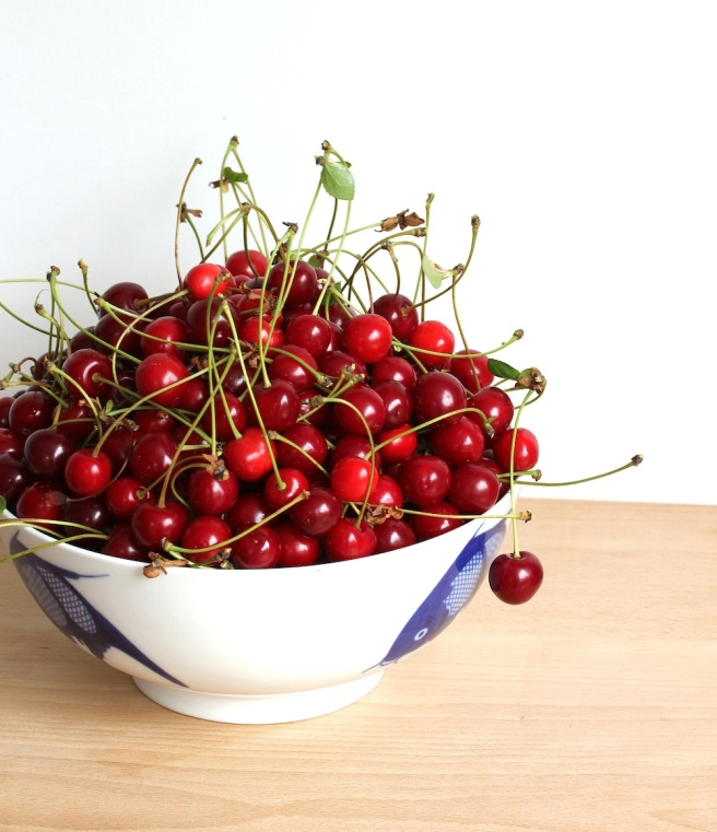 Morello cherry bowl